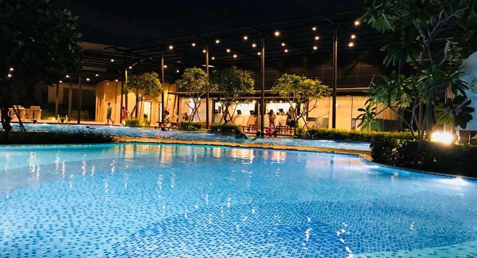 hồ bơi ban đêm, senturia,