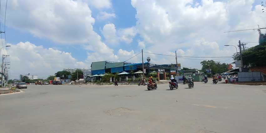 Góc đường Tạ Quang Bửu và Cao Lỗ