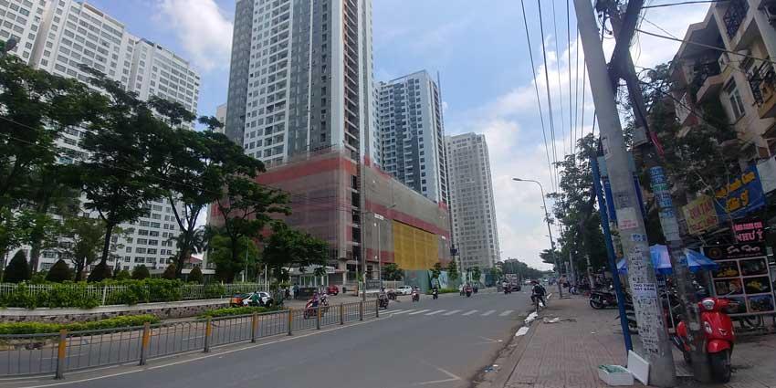 View từ đường Tạ Quang Bửu