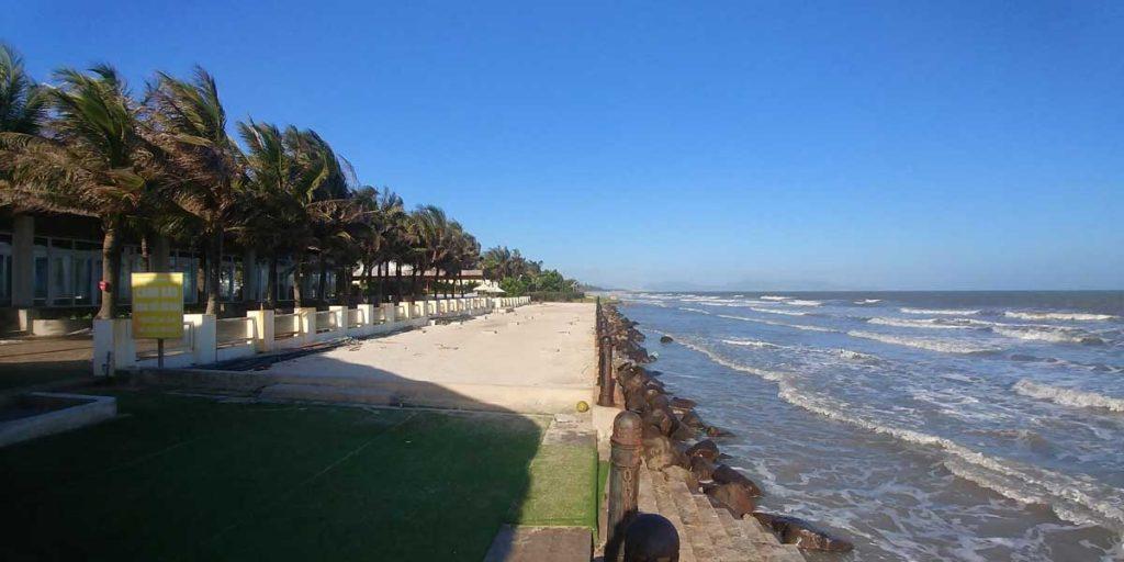 Bãi biển khu dự án Aria Resort